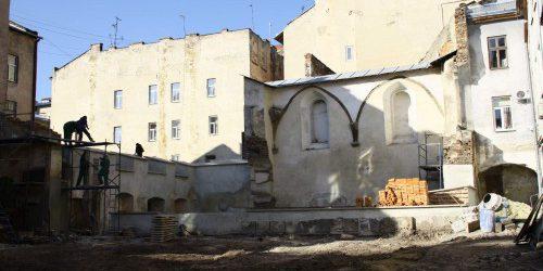 Baustelle am Ort der ehemaligen Synagoge.