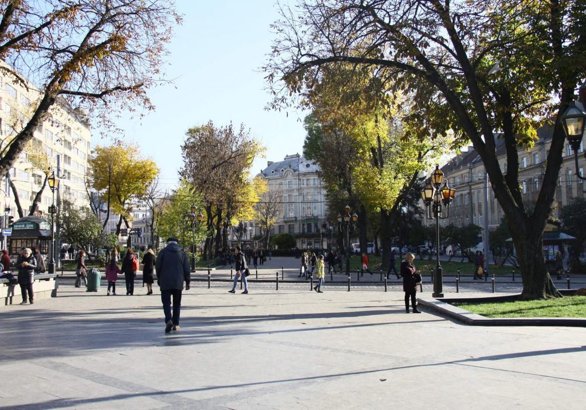 Die Breite Straße in Lviv.